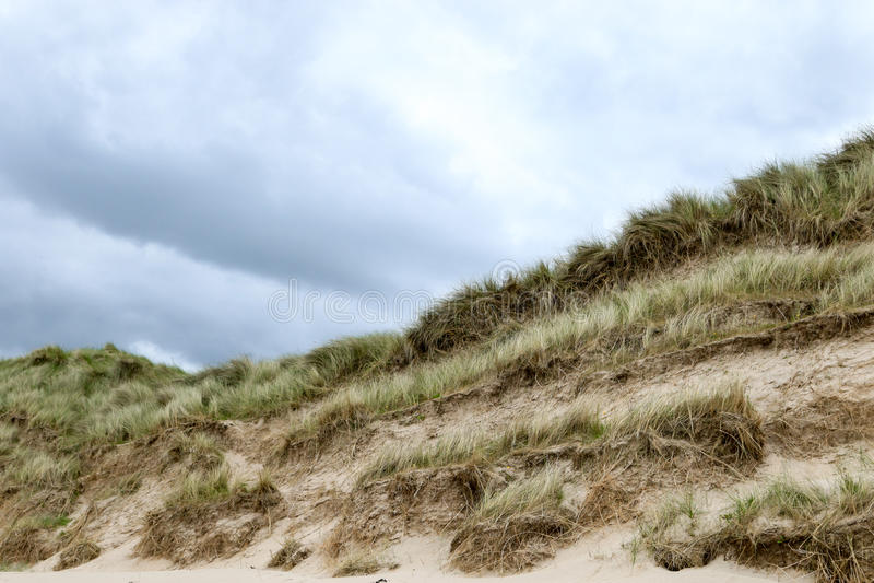 Zandduinen met horizon royalty-vrije stock fotografie