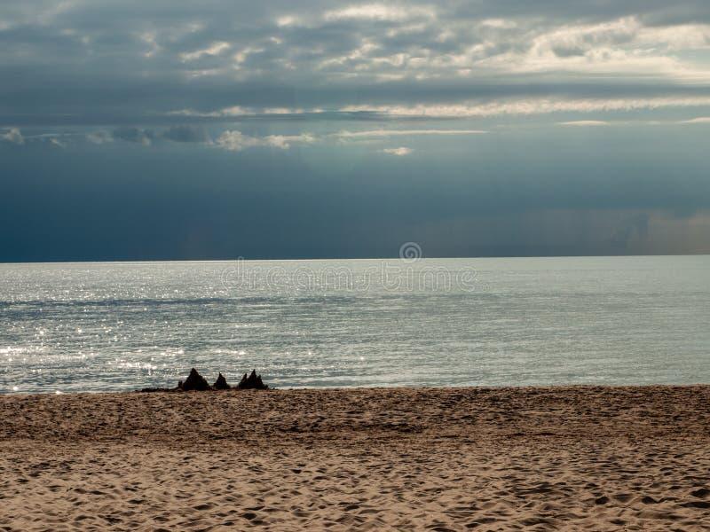 Zandige duinen van Tuja-strand royalty-vrije stock foto's