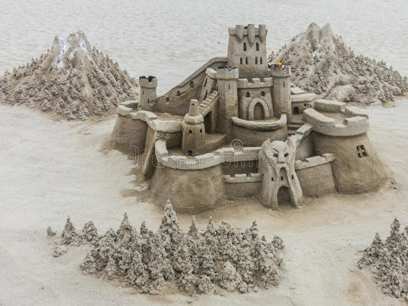 Zandkasteelbeeldhouwwerk stock foto's