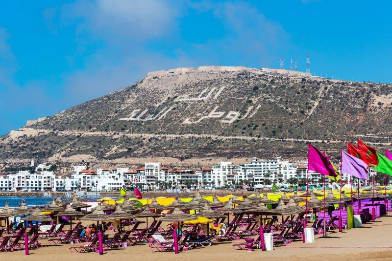 Zandstrand en Blauwe Oceaan in Agadir, Marokko royalty-vrije stock afbeeldingen