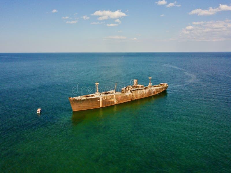 Zangão de Romênia milivolt E Evangelia do naufrágio imagens de stock royalty free