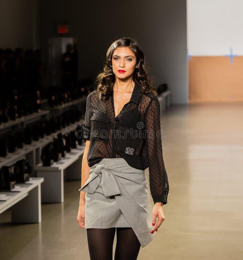 Zang Toi FW19 landningsbanashow som delen av där New York Fashion Week fotografering för bildbyråer