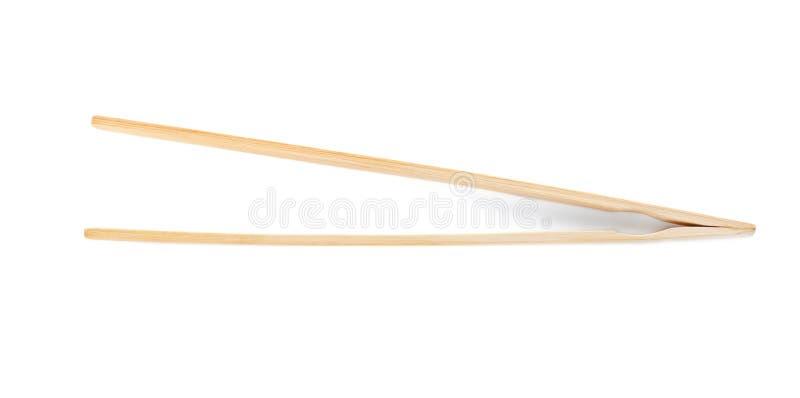 Zangen hergestellt vom Bambus auf weißem Hintergrund stockfoto