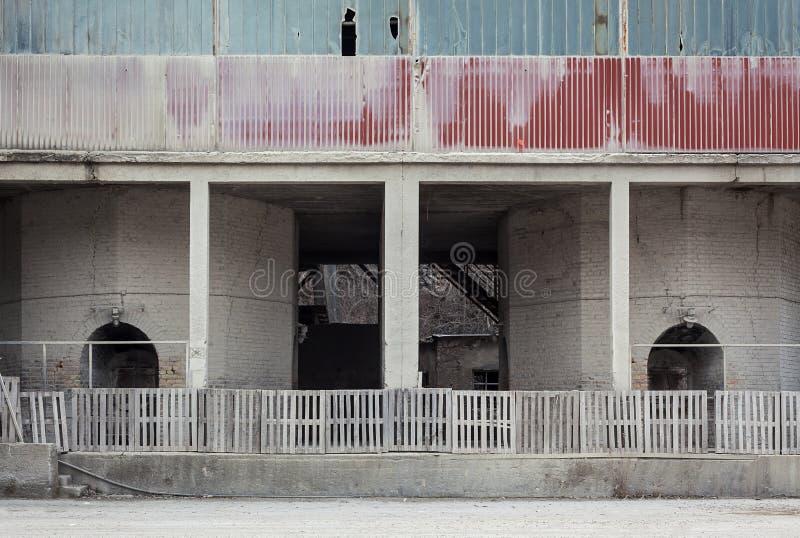 Zaniechana stara fabryka zdjęcie stock