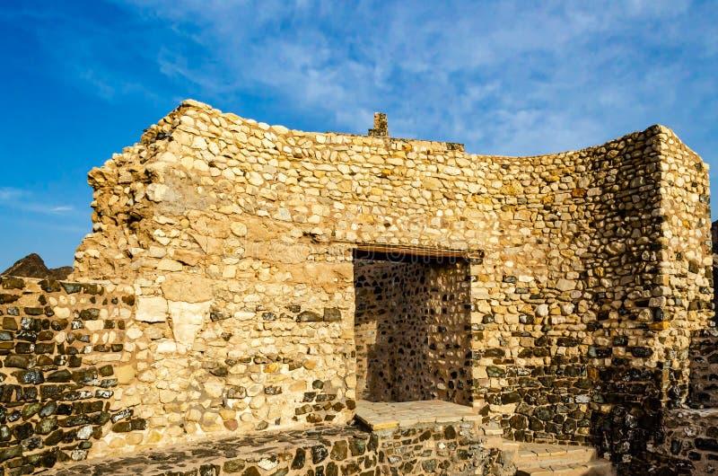Zaniechane fort ściany ruiny zdjęcia royalty free