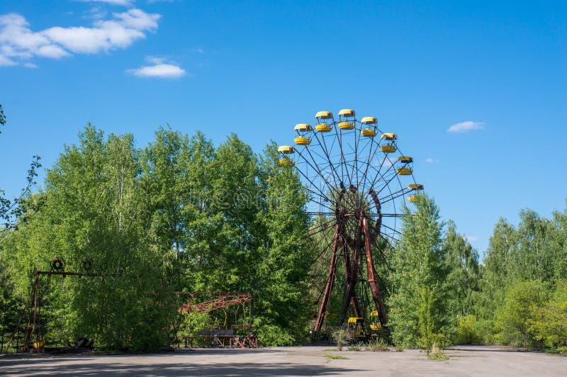 Zaniechani ferris toczą wewnątrz Pripyat zdjęcia royalty free