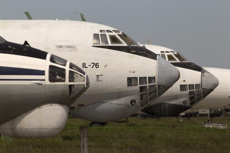 Zaniechani samoloty w samolotu cmentarzu zdjęcia stock