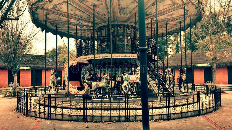 Zaniechany carousel fotografia stock