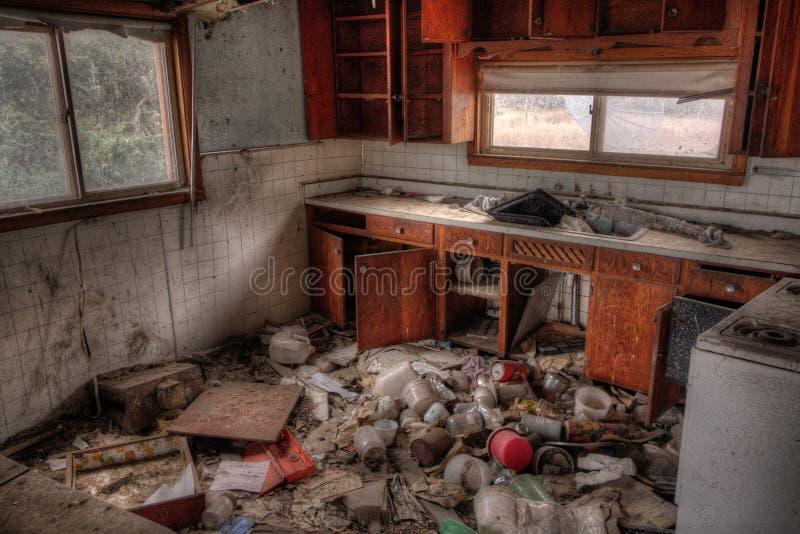 Zaniechany dom wiejski w Wiejskim Południowym Dakota w Wczesnym spadku zdjęcie stock