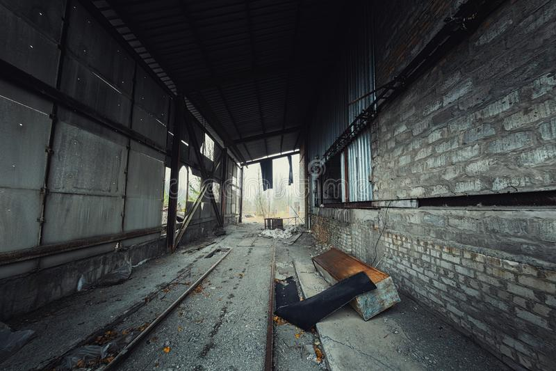 Zaniechany przemysłowy korytarza kąta strzał zdjęcia royalty free