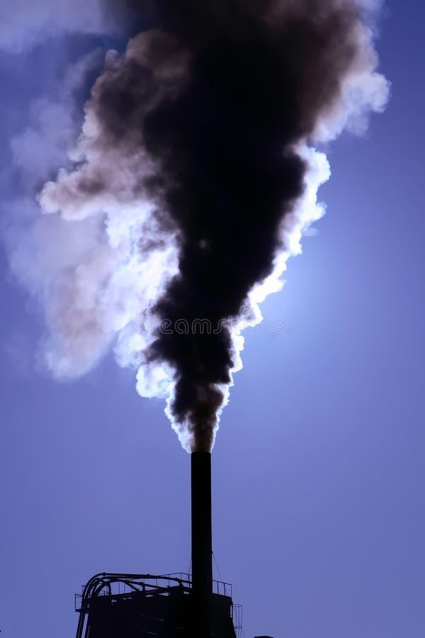 zanieczyszczenia fajczany smokestack zdjęcia royalty free