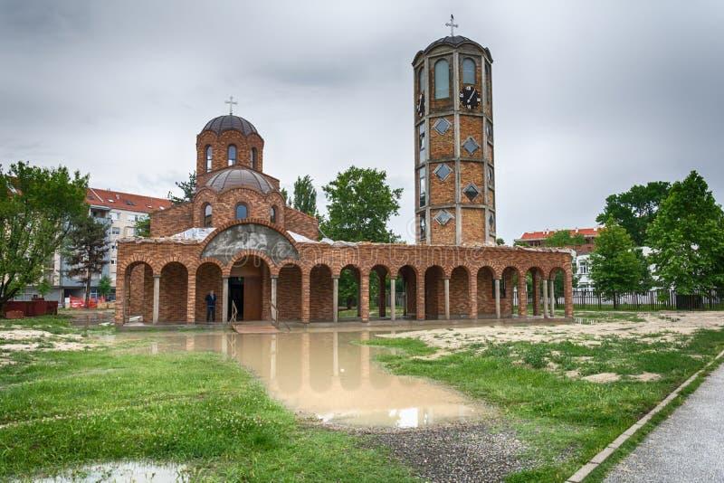 Zanurzający kościół po burzy zdjęcie stock
