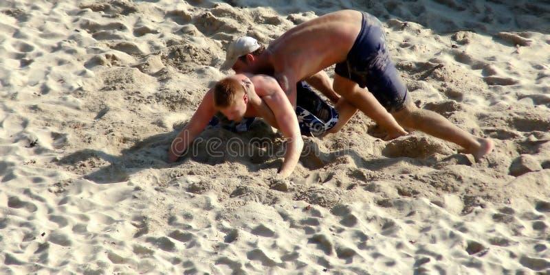 Download Zapaśnicy pustyni obraz stock. Obraz złożonej z wrestle - 34731