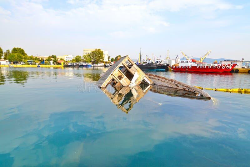 Zapadnięty łódkowaty Eleusis Grecja obraz royalty free