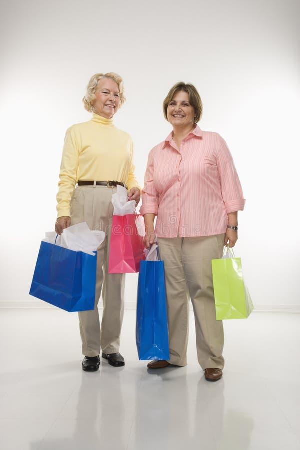zapakuj kobiety prezentu gospodarstwa obraz stock