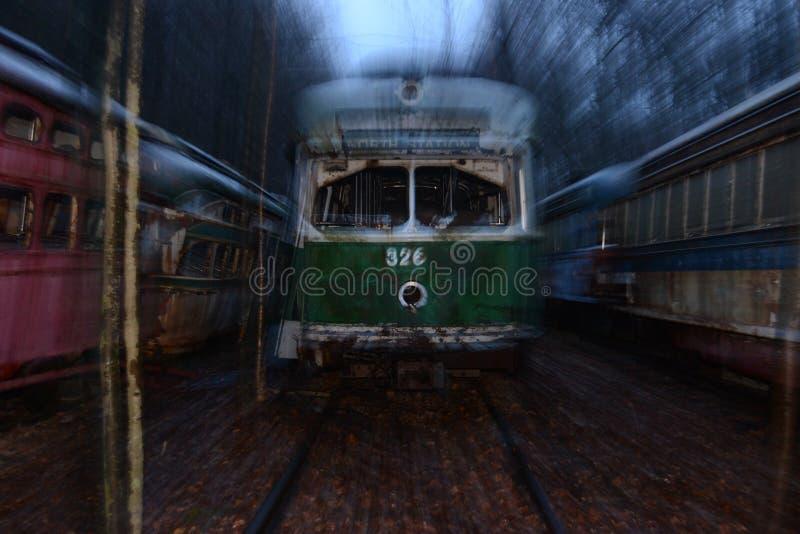 Zapamiętanie tramwaju cmentarz w drewnach zdjęcie royalty free