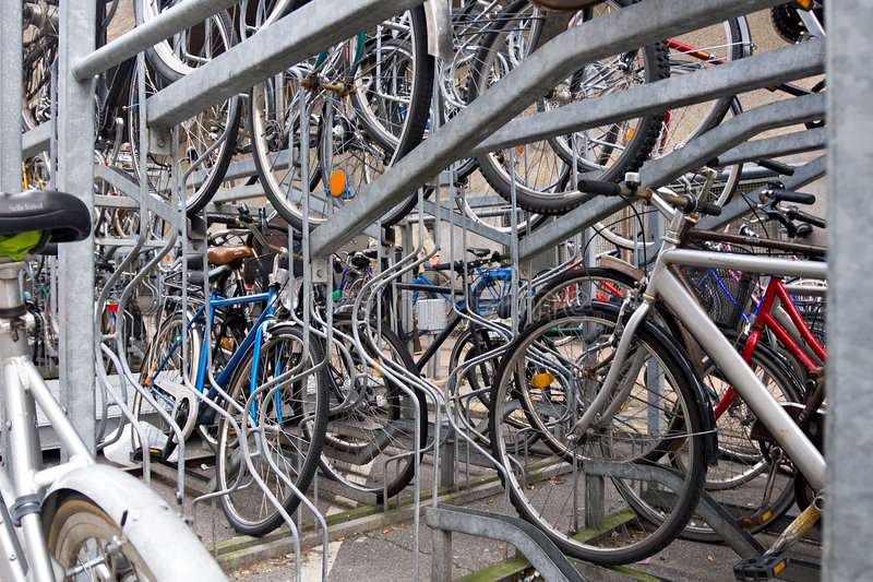 zaparkować rowerów zdjęcie stock