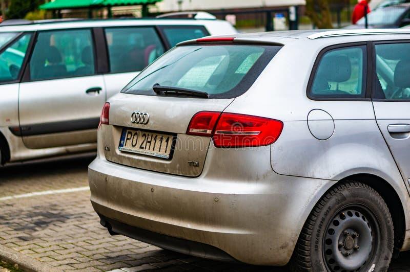 Zaparkowany samochód Audi na parkingu w Poznaniu, Polska fotografia royalty free