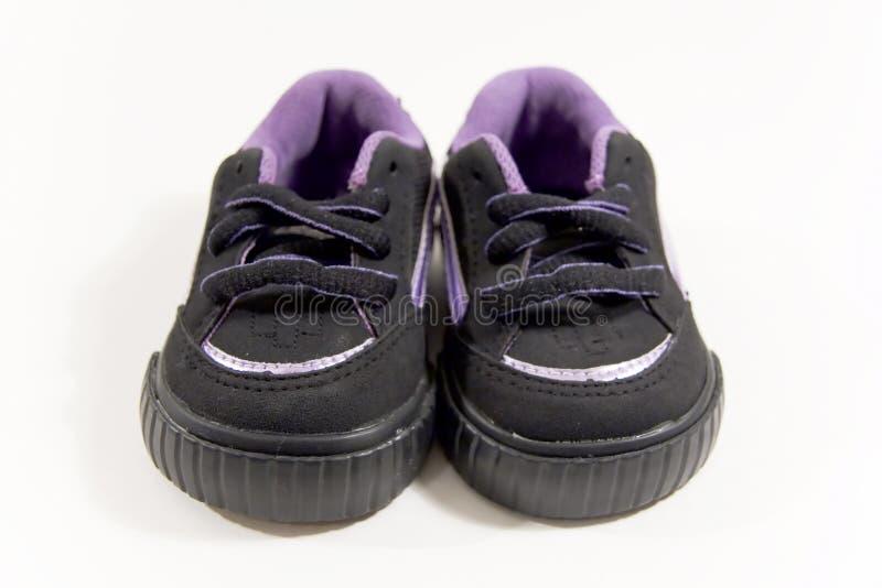 Zapatillas de deporte del bebé imagen de archivo