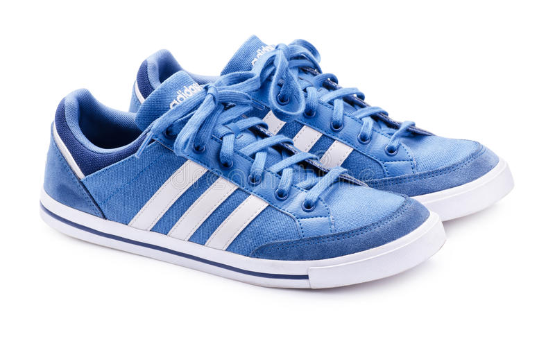 Zapatillas de deporte neas azules de Adidas para correr imagen de archivo libre de regalías