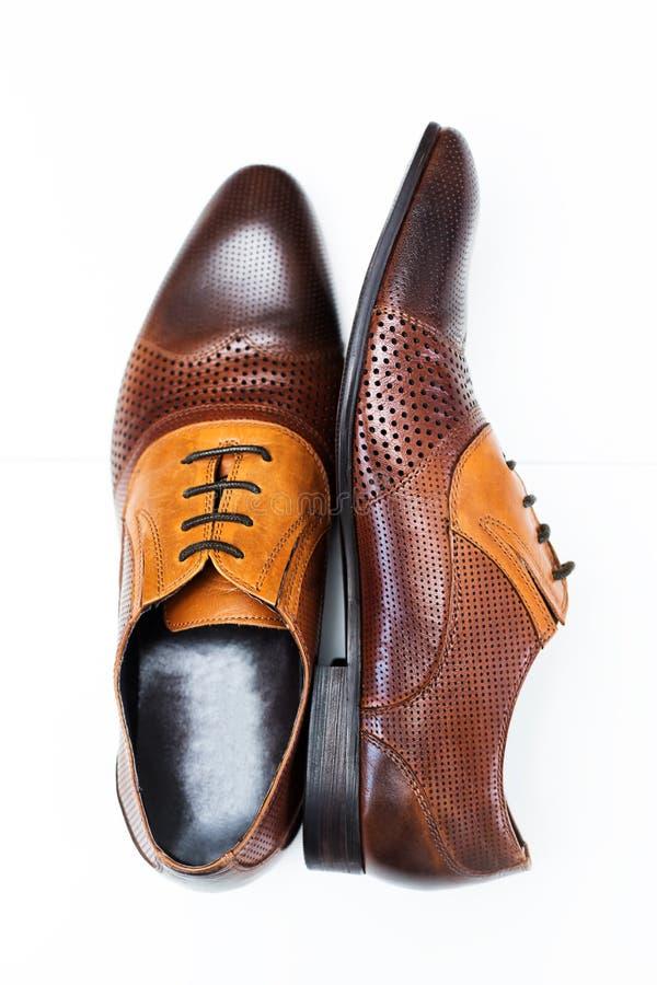 Zapato de cuero de los hombres en marrón foto de archivo