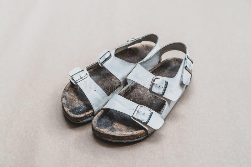 zapato de cuero sucio imagen de archivo libre de regalías