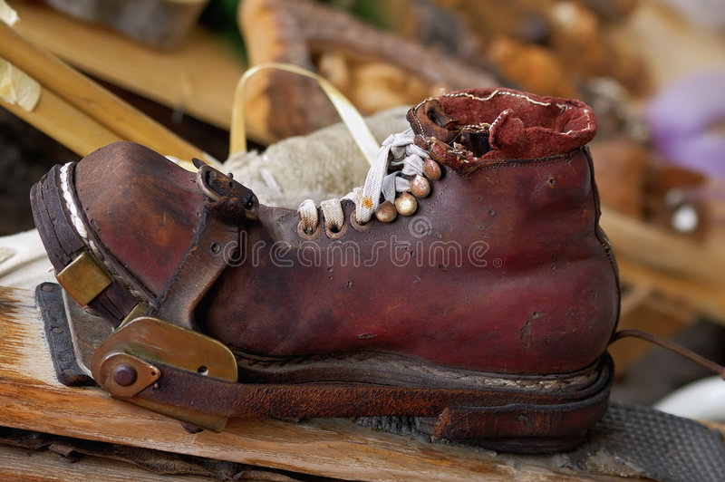 Zapato del esquí de Ol imagen de archivo