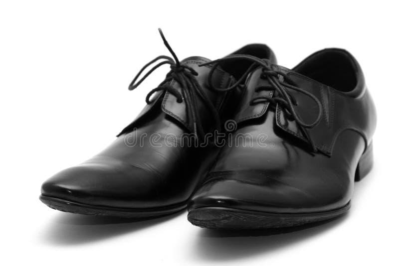 Zapatos clásicos de los hombres negros imagenes de archivo