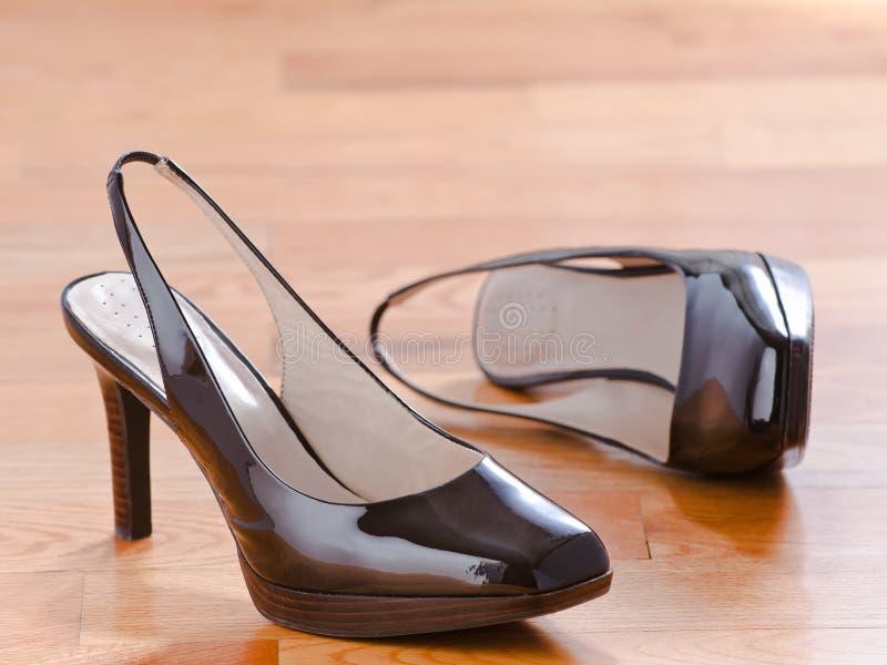 Zapatos de cuero clásicos de patente fotografía de archivo