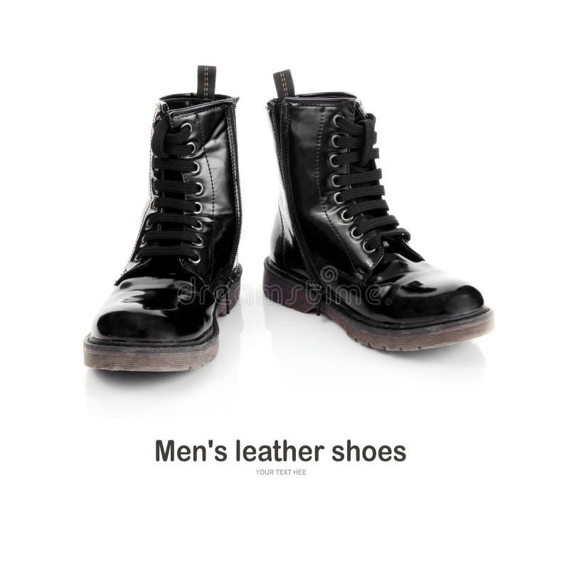 Zapatos de cuero del ` s de los hombres aislados en un fondo blanco imágenes de archivo libres de regalías