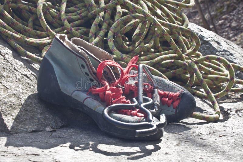 Zapatos de la roca foto de archivo
