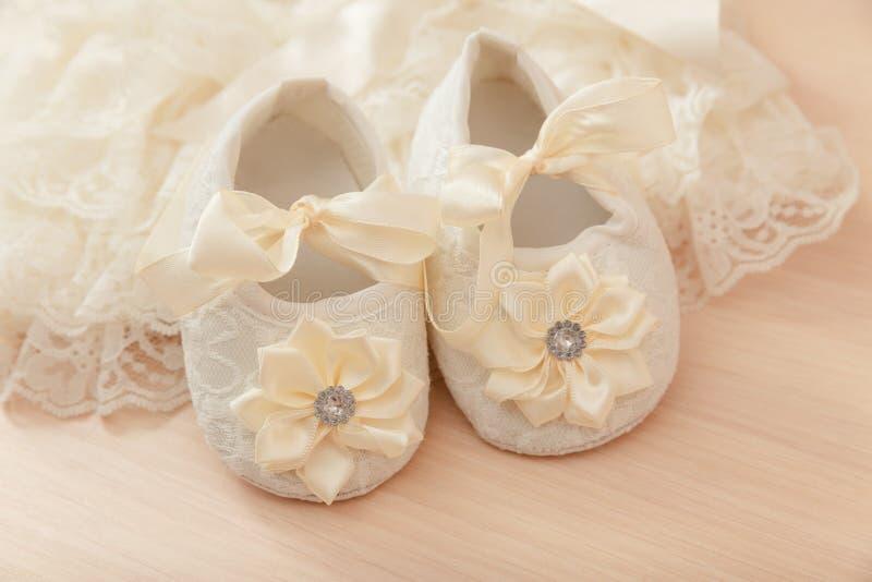 Zapatos del bebé foto de archivo libre de regalías