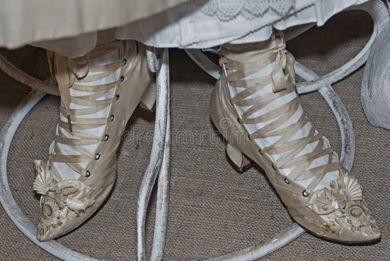 Zapatos elegantes del ` un s de la mujer fotos de archivo libres de regalías