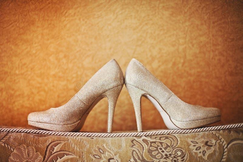 Zapatos modernos de la boda imágenes de archivo libres de regalías