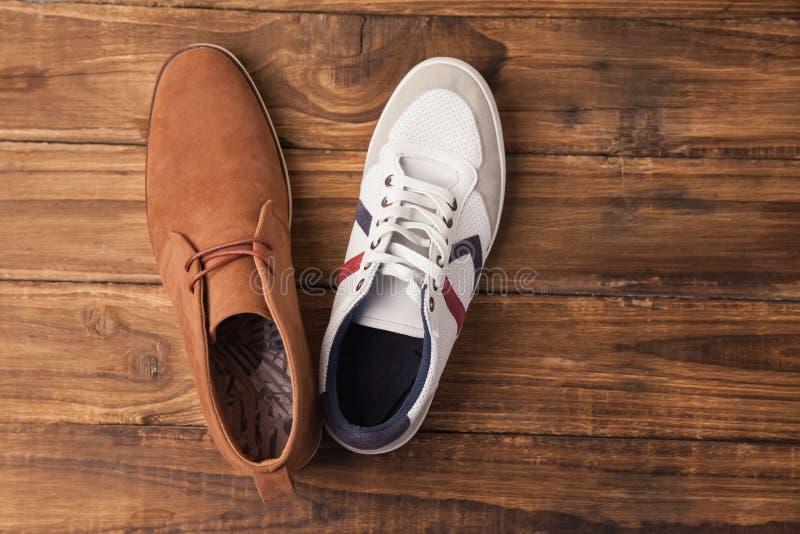 Zapatos para hombre casuales y elegantes foto de archivo