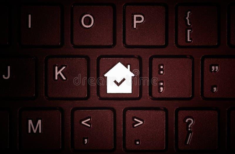 Zapina z symbolem dom na klawiaturze obraz stock