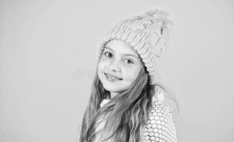 Zapobiega zima włosy szkodę Zimy włosianej opieki porady ty musisz zdecydowanie podążać Zima czasu pociąg iść długi zdjęcia royalty free