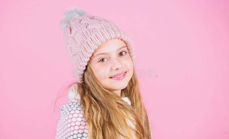 Zapobiega zima włosy szkodę Zimy włosianej opieki porady ty musisz zdecydowanie podążać Zima czasu pociąg iść długi zdjęcie royalty free