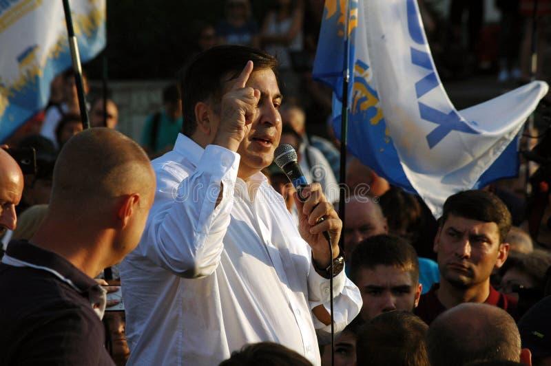"""ZAPORIZHIA, †de UCRANIA """"21 de septiembre de 2017: Reunión política de Mikheil Saakashvili con la gente en cuadrado en el centr fotos de archivo"""
