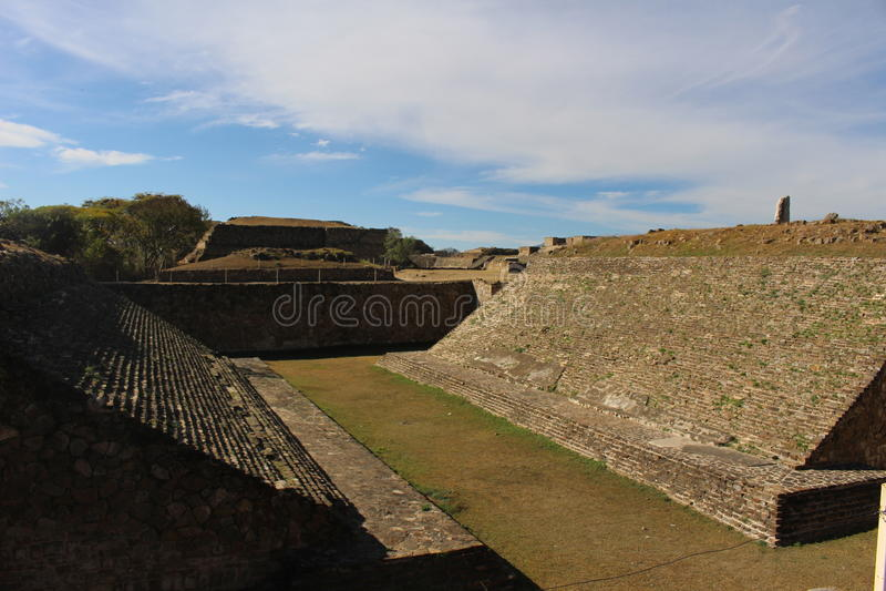 Zapotec Ballcourt em Monte Alban fotos de stock