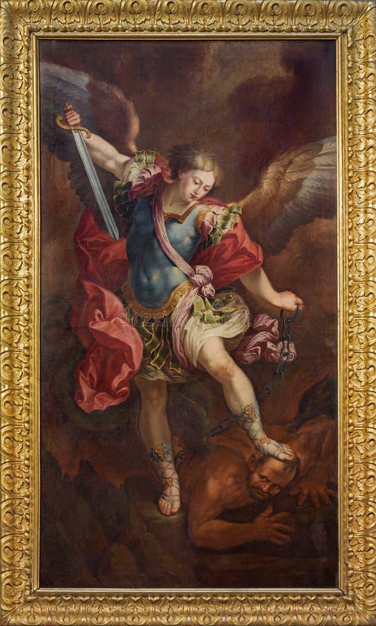 ZARAGOZA, ESPAÑA - 2 DE MARZO DE 2018: La pintura de Michael Archangel en el la Santa Cruz del ³ n de Iglesia de la Exaltacià de  fotografía de archivo libre de regalías