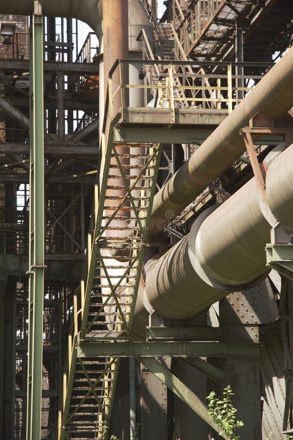 zardzewiałe metalowych schodów obraz stock