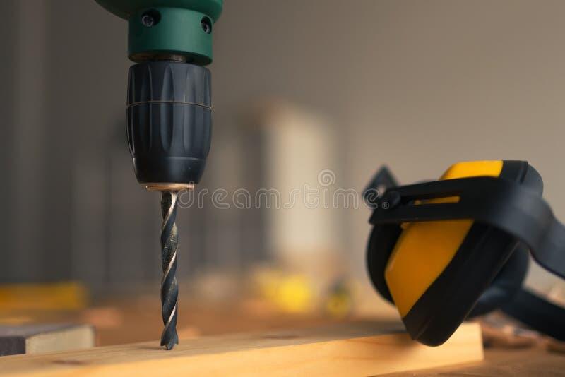Zasilanie elektryczne ucho i świderu mufki obrazy stock