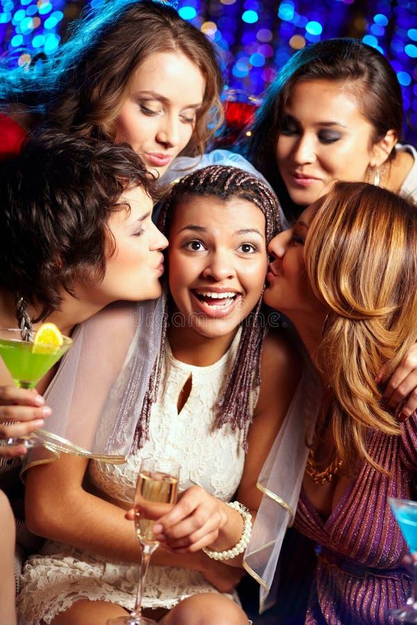 Download Zaskakujący buziak obraz stock. Obraz złożonej z przyjaźń - 28951029