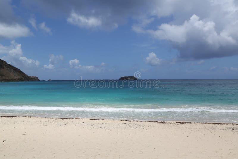 Zasolona plaża, St Barts, Francuscy Zachodni Indies zdjęcie stock
