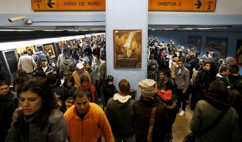 Zatłoczona stacja metru zdjęcia royalty free