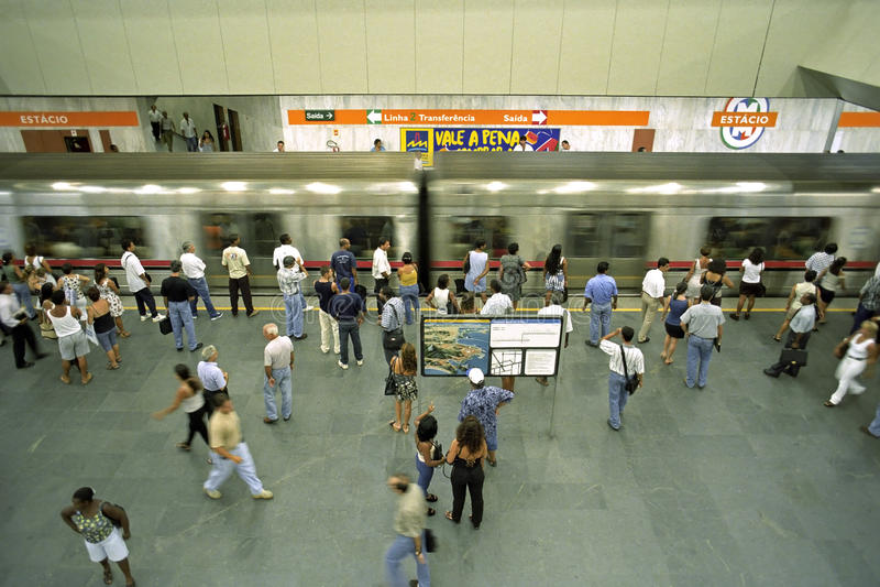 Zatłoczona stacja metru, miasto Rio De Janeiro obrazy stock