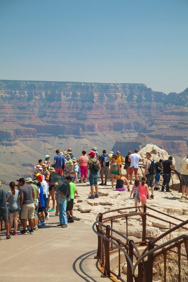 Zatłoczony widoku punkt przy Uroczystego jaru parkiem narodowym obrazy royalty free