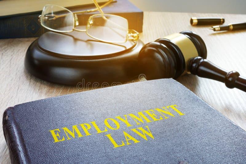 Zatrudnieniowy prawo w sądzie Pracowniczy kod fotografia stock