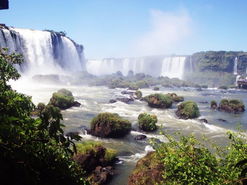 Zauber-Wasserfall lizenzfreie stockfotos